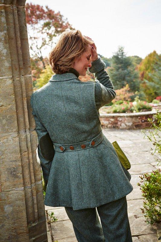 Ladies Norfolk Jacket – Brown Herringbone