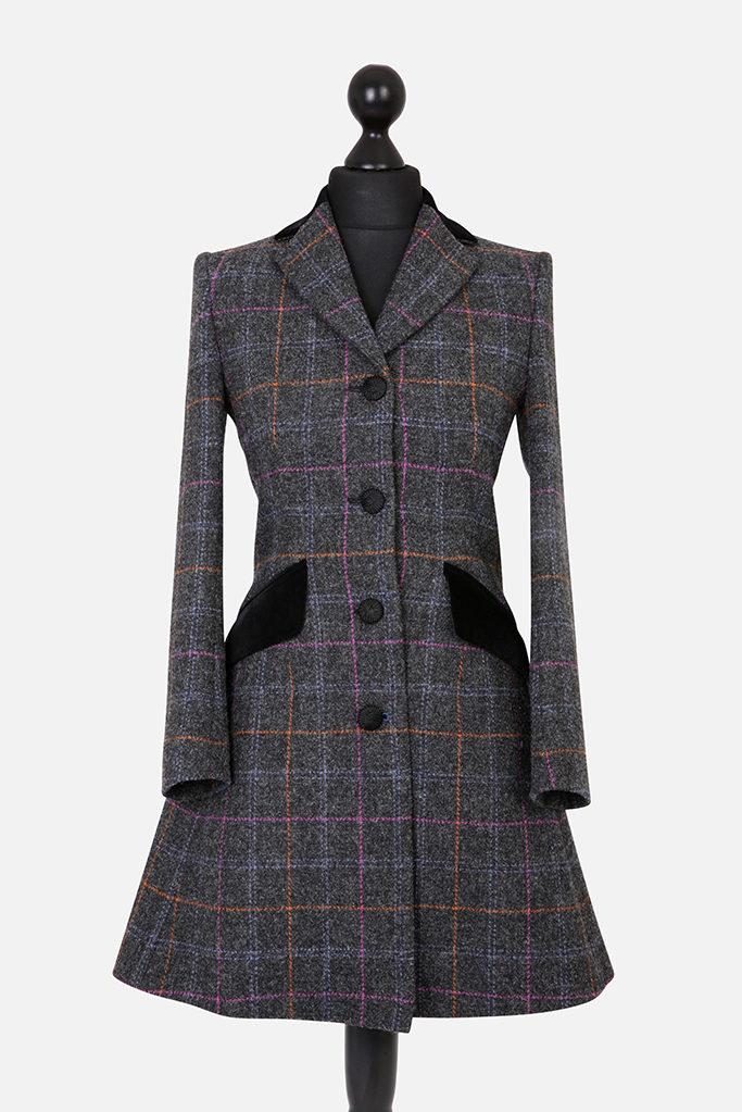 Mayo Coat – Dark Grey Harris Tweed